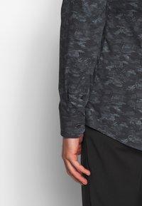 OLYMP - OLYMP NO.6 SUPER SLIM FIT  - Formal shirt - schwarz - 3