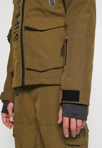 Superdry - ULTIMATE MOUNTAIN RESCUE - Ski jas - dusty olive - 5
