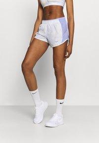 Nike Performance - ICON CLASH 10K SHORT - Short de sport - light thistle/clear - 0