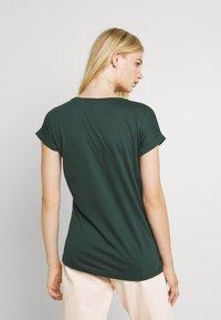 Vila - VIDREAMERS V-NECK - T-shirt basic - darkest spruce - 2