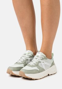 ONLY SHOES - ONLSYLVIE - Sneakersy niskie - mint - 0