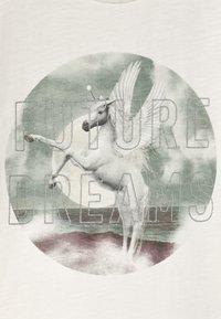 Name it - NKFTHEAIA - Print T-shirt - snow white - 2