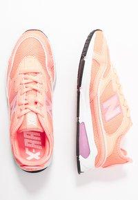New Balance - WSXRC - Sneakersy niskie - pink - 3