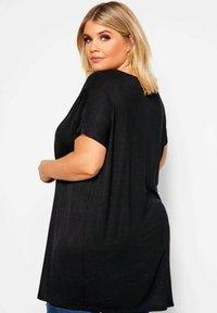 Yours Clothing - Basic T-shirt - black - 2