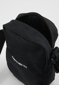 Carhartt WIP - PAYTON SHOULDER POUCH UNISEX - Taška spříčným popruhem - black/white - 4