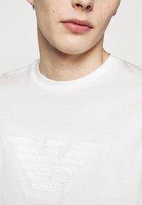 Emporio Armani - Print T-shirt - white - 5