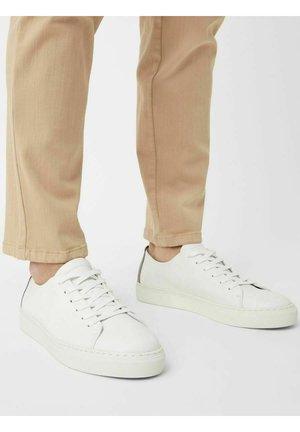 BIAAJAY LEATHER SNEAKER - Sneakersy niskie - white6