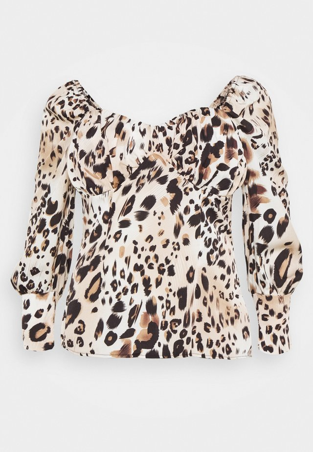 PLUS SIZE LEOPARD PRINT SWEETHEART - Bluse - brown