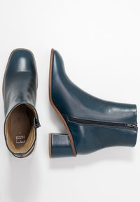 E8 BY MIISTA - STINA - Classic ankle boots - blue - 3