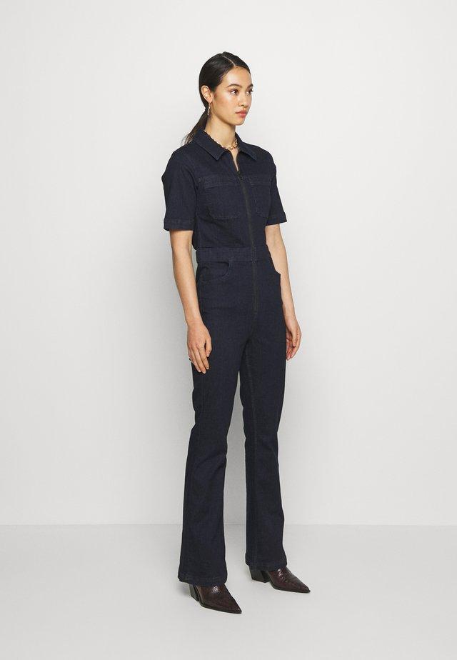 70S STRETCH FLARE BOILERSUIT - Tuta jumpsuit - indigo
