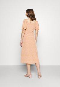 Fashion Union - BIATRRITZ DRESS - Shirt dress - bandana - 2