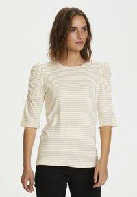 Cream - Print T-shirt - dusty sun - 0