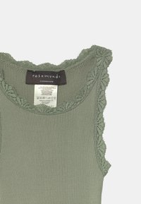 Rosemunde - Top - seagrass - 2