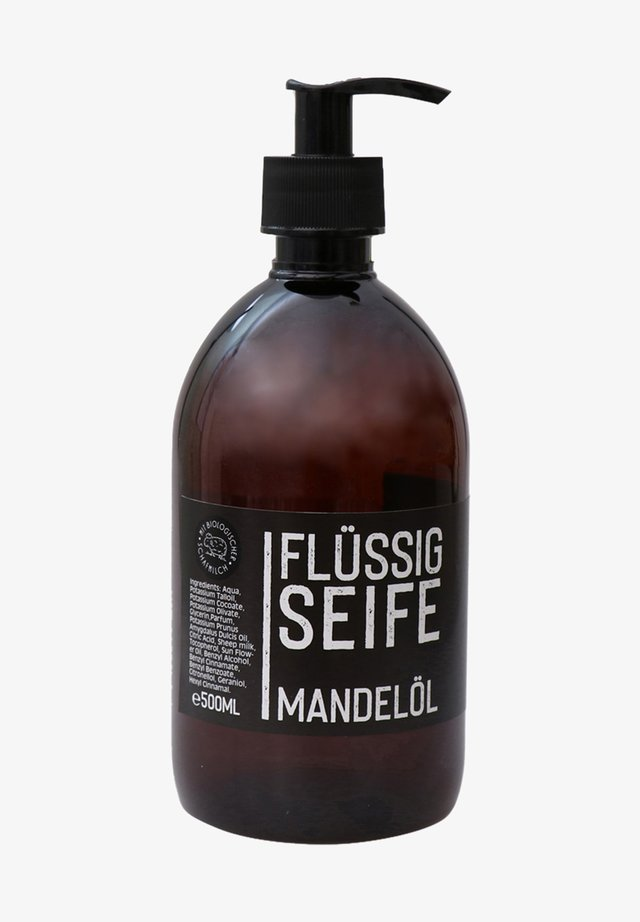 ECHTE FLÜSSIGE PFLANZENÖLSEIFE MANDELÖL BLACK EDITION 500 ML - Liquid soap - -