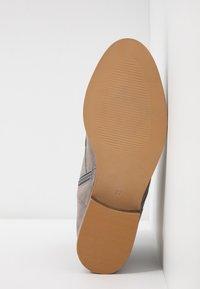 mint&berry wide fit - Šněrovací kotníkové boty - grey - 6