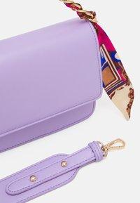 Pieces - PCELISH KEY - Handbag - sheer lilac - 3