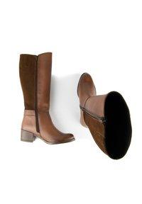Eva Lopez - Boots - brown - 2