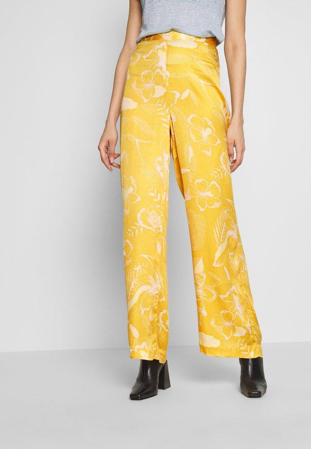 Pantalon classique - golden spice