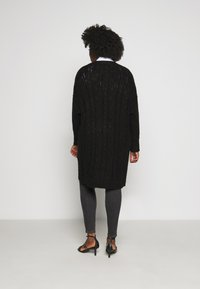 CAPSULE by Simply Be - COSY LONGLINE DEEP CUFF CARDI - Cardigan - black - 2