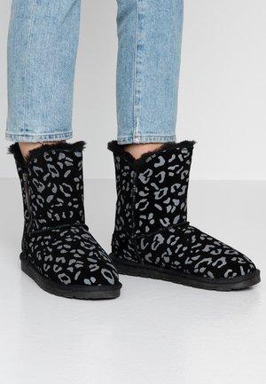 LUNA ZIP - Kotníkové boty - black