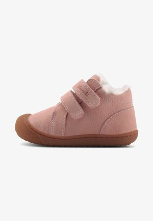 IRU - Baby shoes - rosa