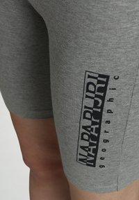 Napapijri - Shorts - medium grey melange - 5