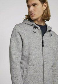 TOM TAILOR DENIM - Zip-up sweatshirt - grey - 3