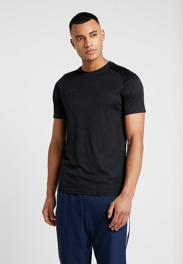 DRY ACADEMY - T-shirt z nadrukiem - black