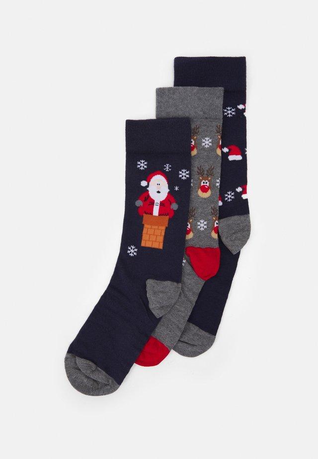 3 PACK - Socks - dark blue/mottled grey/red