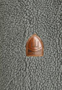 Superdry - ZIP THRU HOOD - Lehká bunda - slate iron - 6