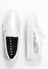 Superdry - CLASSIC TRAINER - Instappers - distressed silver - 3