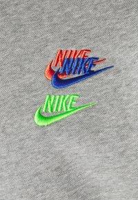 Nike Sportswear - Jersey con capucha - grey heather/base grey - 2