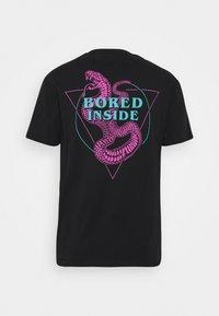 YOURTURN - UNISEX - T-shirt z nadrukiem - black - 7