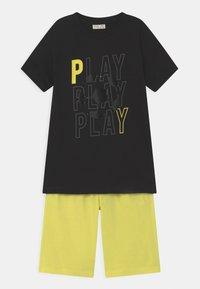 OVS - SET - Print T-shirt - black beauty - 0