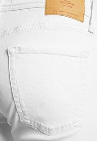 Jack & Jones PREMIUM - JJILIAM JJORIGINAL  - Slim fit jeans - white denim - 5