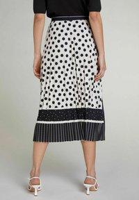 Oui - A-line skirt - offwhite black - 2
