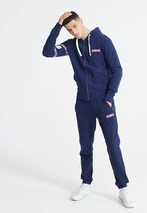 TROPHY GRAPHIC LOOPBACK  - Zip-up hoodie - rich navy