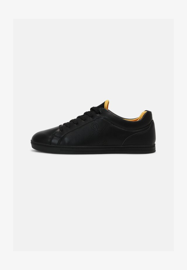 VEGAN LUTHER - Trainers - black