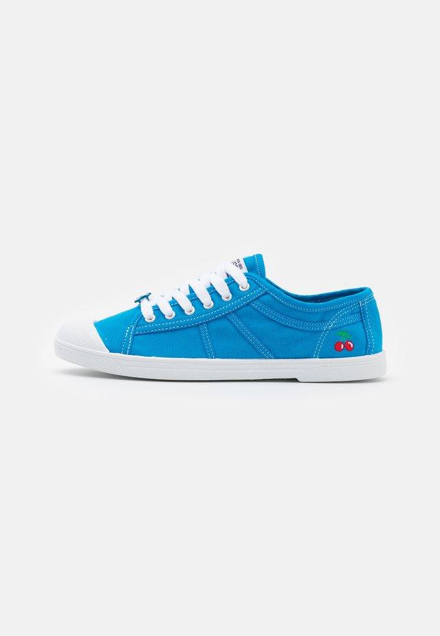 BASIC  - Sneakers laag - ibiza