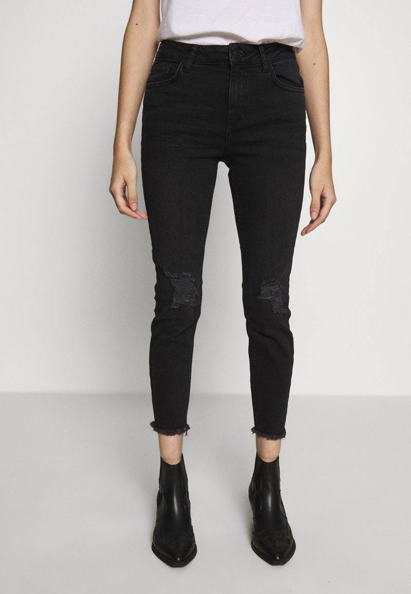New Look Petite - LIFT AND SHAPER - Jeans Skinny Fit - black