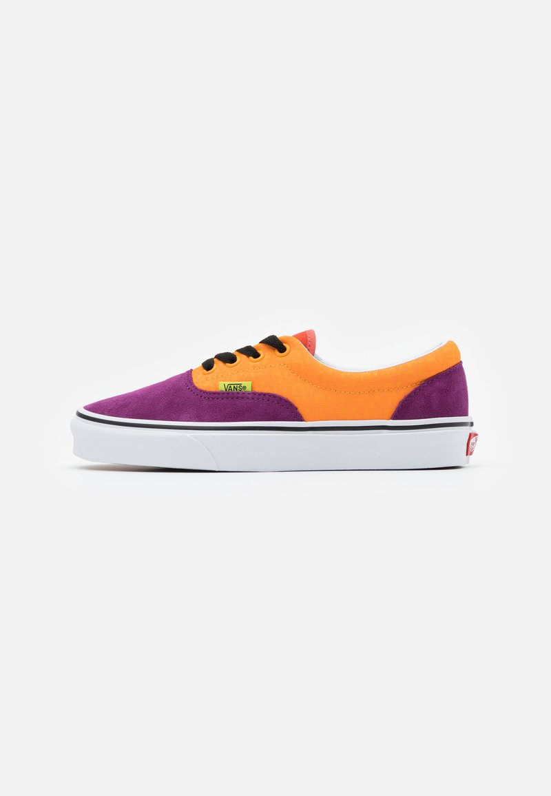 Vans - ERA UNISEX - Trainers - grape juice/bright marigold