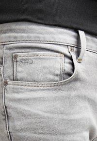 G-Star - 3301 STRAIGHT - Straight leg jeans - kamden grey stretch denim - 4