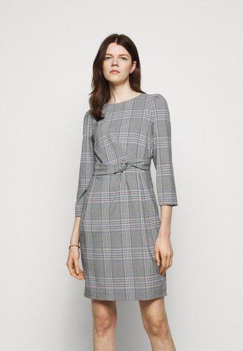 RUM - Shift dress - nero