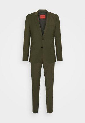 ARTI HESTEN - Suit - dark green
