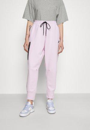 Pantalon de survêtement - pink foam