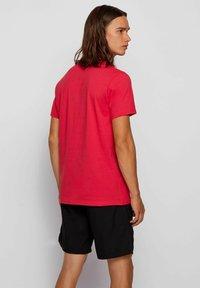 BOSS - T-shirt imprimé - pink - 1