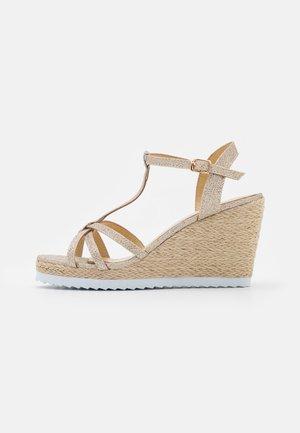 SCORIA - Platform sandals - or