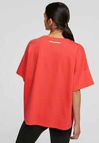 KARL LAGERFELD - RELAXED FIT  - T-Shirt basic - tangerine - 2