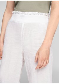 s.Oliver - Trousers - white - 3