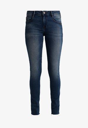 ADRIANA - Jeans Skinny Fit - fringe sunset